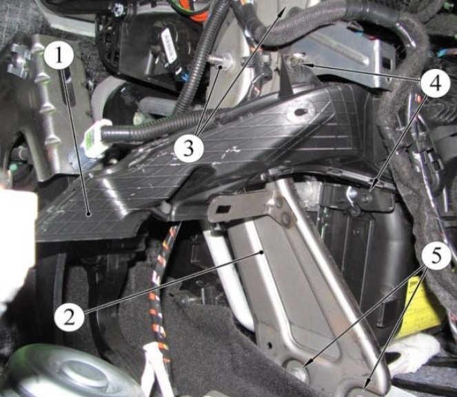 Как заменить радиатор печки (отопителя) Lada Xray