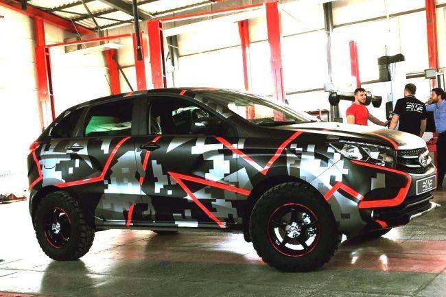 Яркий тюнинг Lada Xray