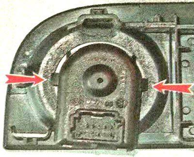 Замена и проверка блока управления зеркалами на Lada XRAY