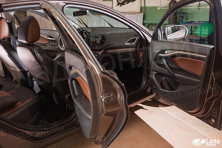 Изготовление мягкого подлокотника для дверей автомобиля LADA