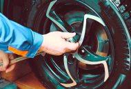 Как быстро снять колесо, если у болта сорваны грани