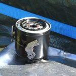 Магнит на масляный фильтр: есть ли эффект?