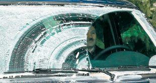 Полосы от дворников на стекле: как устранить проблему?