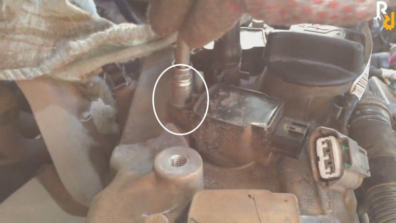 Как заменить свечи зажигания на двигателе Renault-Nissan H4M-HR16DE