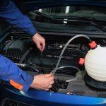 Можно ли заменить моторное масло через щуп?