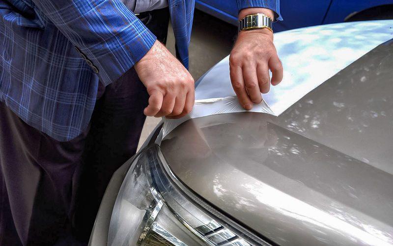 Простой способ защитить автомобиль от сколов